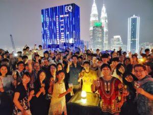 マレーシアの有名観光スポットを160人バス4台で楽しんできました!